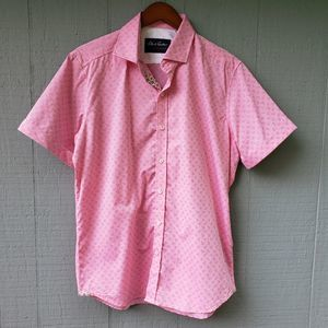 Robert Graham Pink Paisley Short Sleeve Button Up